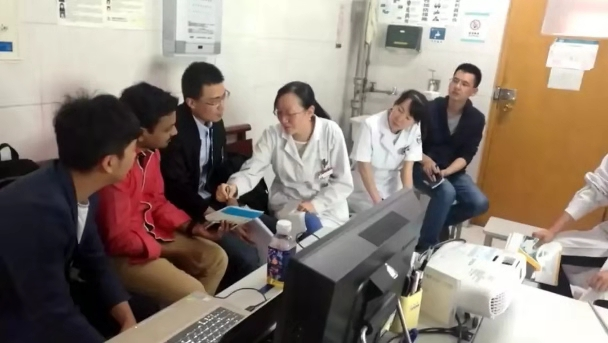 Dr.Arul conducted project exchange with partners of shaanxi red meeting hospital.