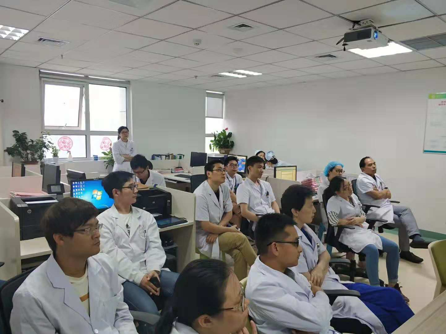 On the morning of June 13th, henan orthopedics hospital successfully held Dr